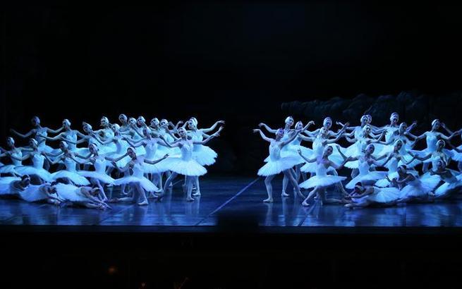 上海芭蕾舞团《天鹅湖》亮相纽约