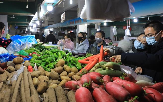 上海:线上线下开足马力 农副食品保证供应