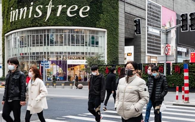 """上海:城市正在""""回暖"""""""