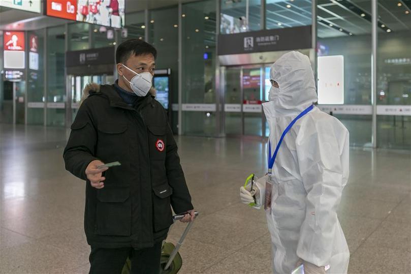 上海:20余万疫情防控志愿者在行动
