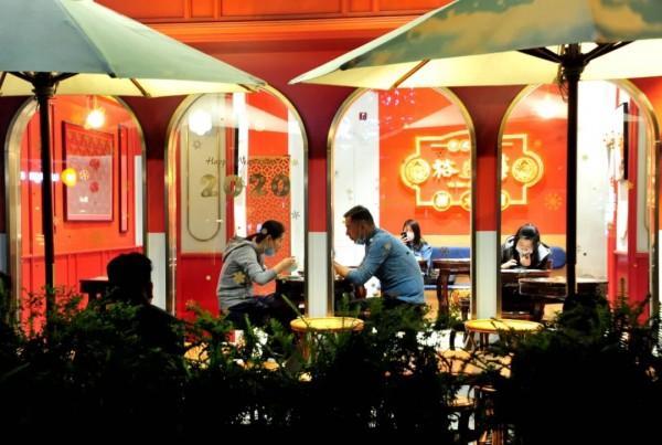 """品美食、逛商場,上海""""夜經濟""""煙火氣回來了!"""