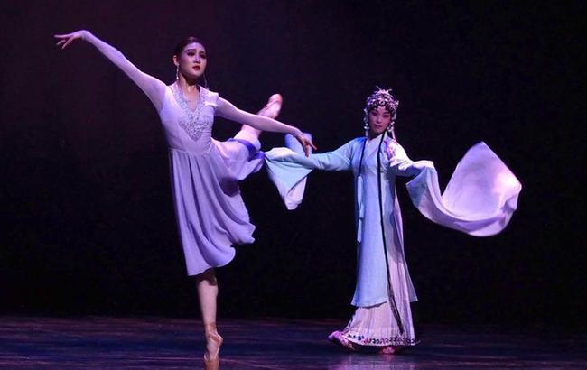 上海芭蕾舞團上演原創現代芭蕾專場