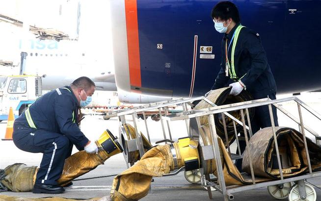 上海浦东机场:高温下的坚守