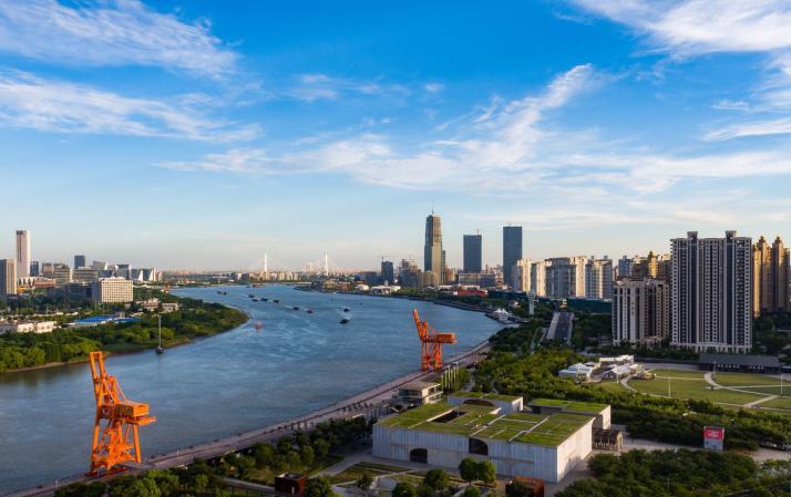 走向我们的小康生活丨十年磨一剑!来徐汇 爱上上海