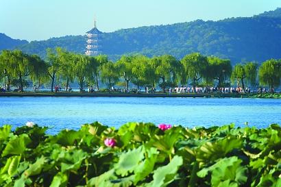 杭州西湖:三次疏浚造堤,一部吏治整肃史