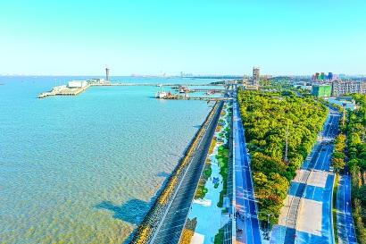 吴淞滨江贯通开放 特色定制单车同步推出