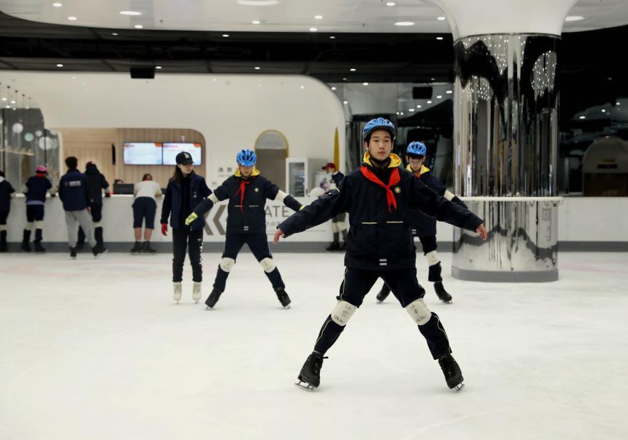 """我爱体育课——上海:城中心的""""花样""""体育课"""