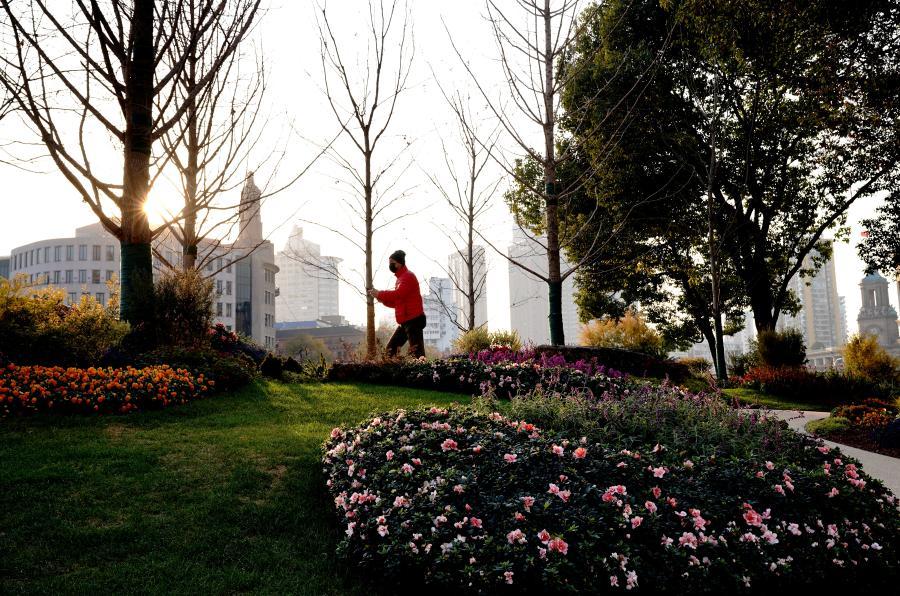 上海北苏州路滨河岸线完成改造