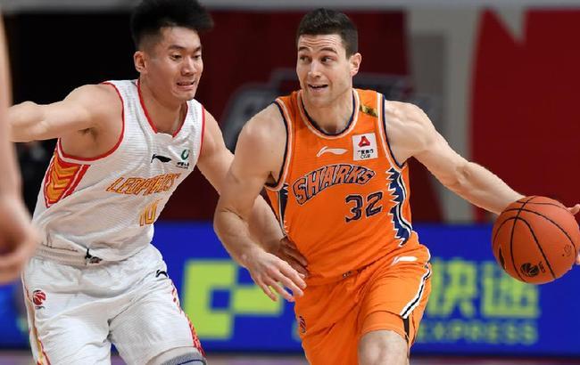 篮球——CBA第四阶段:深圳马可波罗对阵上海久事