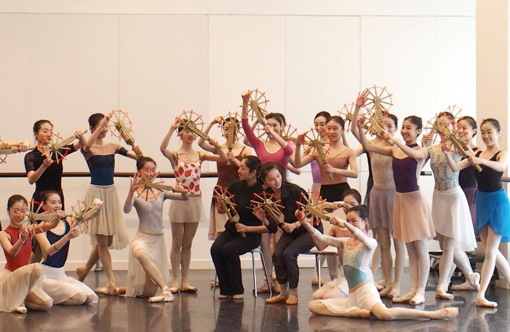 上海:芭蕾舞剧《宝塔山》讲述红色故事