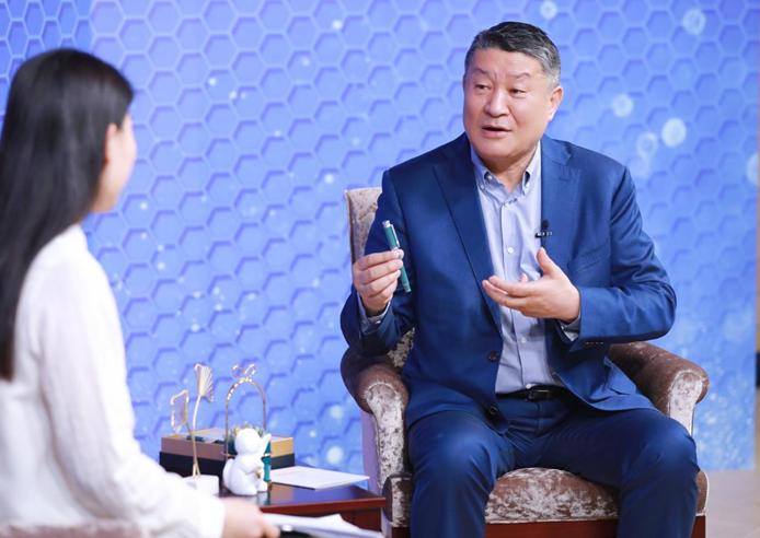 中国企业家说|贝发集团邱智铭:从一支笔到一条链 文具企业的转型之路