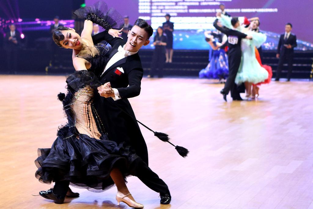 2021中国体育舞蹈公开系列赛(上海站)揭幕