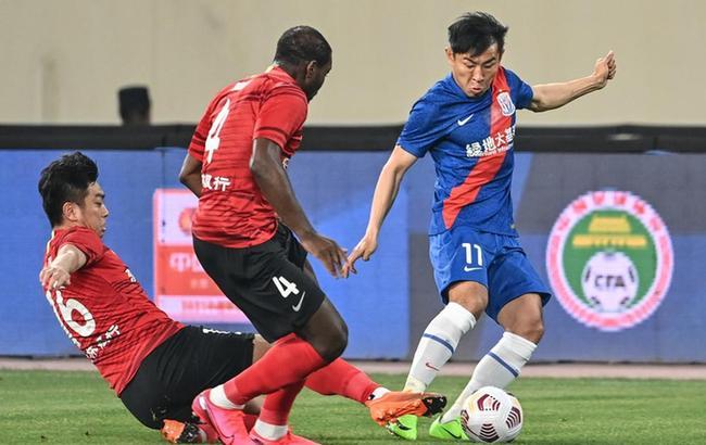 中超:上海申花对阵长春亚泰